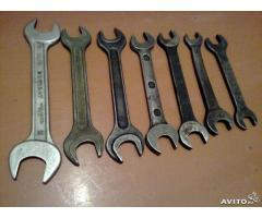 Ключи рожковые разных размеров