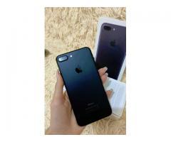Телефон iPhone 7 плюс